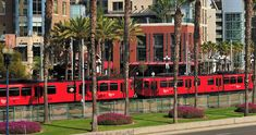 TrolleySan Diego Trains & Trolleys www.sandiego.org The San Diego Trolley connects East San Diego, the South Bay and Downtown.
