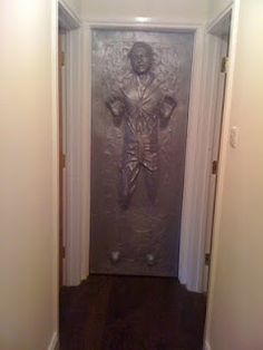 Han Solo in Carbonite Door - WANT!