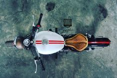 Royal Enfield beach tracker by Inline3 Custom Motorcycles | 350CC.com