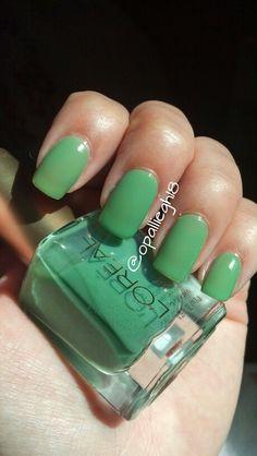 Loreal green nail polish jelly