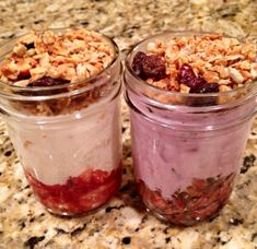 salad, dream parfait, homemade granola, homemad granola, healthy breakfasts, granola recipes, yogurt parfait, yummi, mason jars