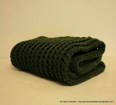 green warm scarf