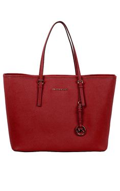 f341f75e940 Jet Set Travel Bag Geräumige Michael Kors Tasche in der Trendfarbe Rot. Die  Jet Set