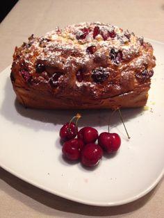 Torta ricotta e ciliegie http://sognoepassione.blogspot.it/2014/06/torta-ricotta-e-ciligie.html