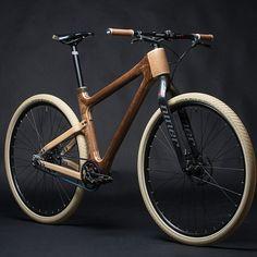 Wooden racer