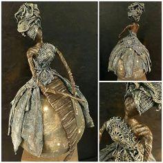 GALERIE DECOS POWERTEX - Nadine Pinsmaille - Côté Atelier Metal Figurines, Paper Mache Sculpture, Doll Wigs, Wire Art, Art Blog, Textile Art, Metal Art, Wind Chimes, Doll Clothes