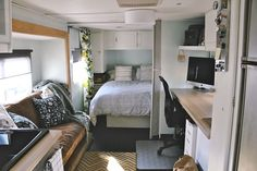 RV before and after makeover - This is amazing. This actually makes me want to live in an rv.