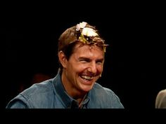 Tom Cruise Plays Egg Russian Roulette on His Head on 'Late Night With Jimmy Fallon' Jimmy Fallon Videos, Jimmy Fallon Youtube, Jimmy Fallon Justin Timberlake, Best Action Movies, Late Night Talks, Johnny Carson, Fun Party Games, Tonight Show, Saturday Night Live