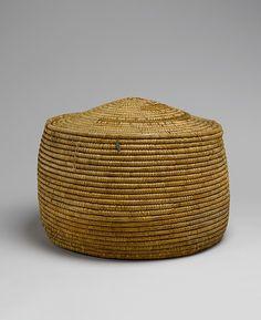 Basket Date: ca. 1525–1504 B.C. Geography: From Egypt, Upper Egypt; Thebes, Deir el-Bahri, Tomb of Meritamun (TT 358, MMA 65), corridor, MMA 1928–1929 Medium: Palm leaf Dimensions: H. 40 cm (15 3/4 in); w. 58 cm (22 13/16 in)