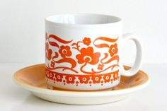 Staffordshire Potteries: cup/saucer set
