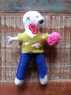 Zumbi - felt doll