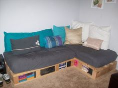 DIY pallet couch | Bear was so great watching us work. Isn't she adorable?!