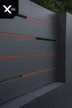 Flow is modern aluminum fence with Rockina Cubero walls and unusual version of the Horizon Massive p House Main Gates Design, Fence Gate Design, Steel Gate Design, Front Gate Design, Garage Door Design, Garage Gate, Diy Garage, Garage Ideas, Gate Designs Modern