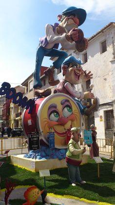 Falla La Plaça i Natzaré - 1er premio Valencia, Sculptures, At Least, Carving, Events, Models, Humor, Amazing, Anime