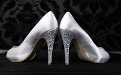 SUNA Shoes & Accessories