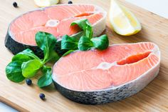 Stock up on protein-rich foods for a natural metabolism boost. How to lose in ONE WEEK! Chronic Fatigue Syndrome Diet, Chronic Fatigue Symptoms, Chronic Illness, Chronic Pain, Adrenal Fatigue, 1200 Calorie Diet, Calorie Intake, Acide Gras Trans, Recipe For Poached Salmon