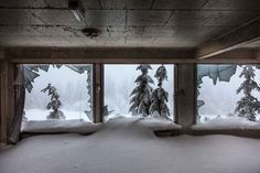 "14 Creepy Pictures Of An Abandoned Ski Resort That Looks Like ""The Shining"" Hotel"