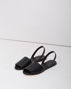 WOMAN BY COMMON PROJECTS   Slingback Slide Sandal   La Garçonne