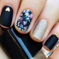 You will love our ideas of trendy black nails! No doubts, that black is a classic color. Black manicure is elegant and modern at the same time. Check out our collection and find new ideas for your manicure! Elegant Nail Designs, New Nail Designs, Black Nail Designs, Halloween Nail Designs, Elegant Nails, Beautiful Nail Designs, Floral Designs, Black Manicure, Manicure Y Pedicure