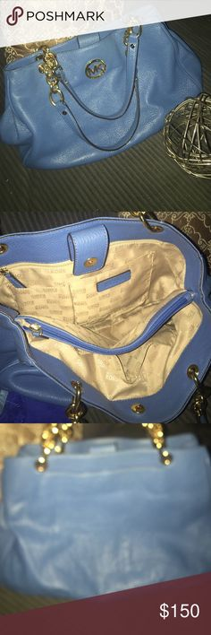 Micheal Kore's blue bag! Gold accent. Large MK bag! 100% authentic, blue leather with 3 pockets. Lots of storage. Just got a new summer bag, this beauty needs a new home ❤️ Michael Kors Bags Shoulder Bags