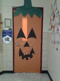 Halloween decorations for school fall door decoration for Puertas decoradas halloween calabaza
