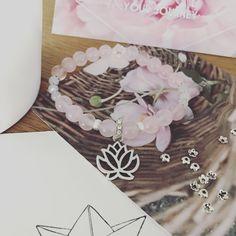 Kiwu Armband mit Lotusblüte