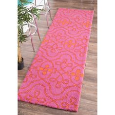nuLOOM Hand-hooked Transitional Lattice Pink Wool Runner Rug (2'6 x 8')