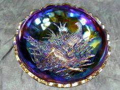 LG Wright Amethyst Carnival Glass Bowl by Fenton Rainbow Glass, Carnival Glass, Decorative Bowls, Amethyst, Purple, Beautiful, Etsy, Amethysts, Viola