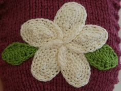 Free Crocheting Pattern: Plumeria Flower.