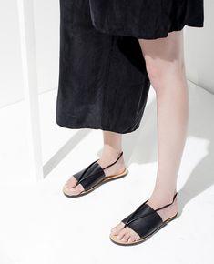 82714e7f0f64 yard-sales  Building Block S S 2015 Block Sandals