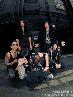 Escape the Fate Escape The Fate, Warped Tour, Black Veil Brides, Pierce The Veil, Chelsea, Bands, Metal, Music, Musica