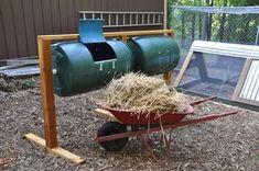 compost bin design I've seen. Movable, easy to use, easy to dump compost into the wheel barrow!Best compost bin design I've seen. Movable, easy to use, easy to dump compost into the wheel barrow! Diy Compost Tumbler, Compost Turner, Best Compost Bin, Tumbling Composter, Bokashi, Garden Compost, Farm Gardens, Veggie Gardens, Raising Chickens