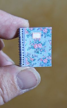 How to: Miniature spiral notebooks.
