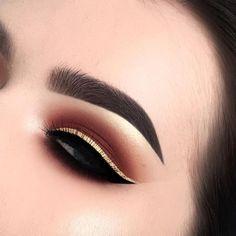 Maybelline New York Eyestudio Master Precise All Day Liquid Eyeliner Makeup - Makeup İdeas Graduation Gold Eyeliner, No Eyeliner Makeup, Kiss Makeup, Makeup Art, Beauty Makeup, Double Eyeliner, Eyeliner Tattoo, Liquid Makeup, Eyeshadow