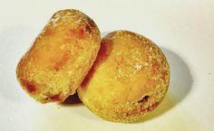 英国のスーパーで買った扁球状のドーナツ