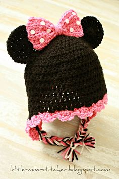 Darling toddler Minnie Mouse hat to crochet for baby girl.  Working on this one now!
