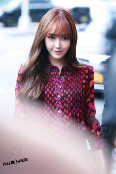 ( 150913 ) New York Fashion Week. Korean Music, Korean Idols, Korean Style, Seohyun, Snsd, South Korean Girls, Korean Girl Groups, Jessica Jung Fashion, Jessica & Krystal