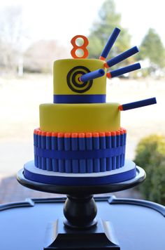 Nerf gun birthday cake - For all your cake decorating supplies, please visit craftcompany.co.uk