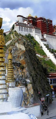 Potala Palace, Lhasa, Tibet, China by reurinkjan