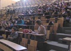 08-10-16 Ξεκινούν την Τετάρτη οι μετεγγραφές. Όλα όσα θέλετε να ξέρετε για τη διαδικασία   08-10-16 Ξεκινούν την Τετάρτη οι μετεγγραφές. Όλα όσα θέλετε να ξέρετε για τη διαδικασία Από την Τετάρτη και για μια εβδομάδα καλούνται οι φοιτητές των ΑΕΙ και των Ανωτάτων Εκκλησιαστικών Ακαδημιών να υποβάλλουν εφόσον το επιθυμούν ηλεκτρονικά την αίτησή τους για μετεγγραφή. Το χρονικό διάστημα των αιτήσεων είναι από 12 Οκτωβρίου έως και τις 19 του ίδιου μήνα.    Δικαίωμα υποβολής αιτήσεων έχουν οι…