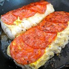 Cabillaud sauté au chorizo Flan, Pepperoni, Mashed Potatoes, Seafood, Sausage, Paleo, Food And Drink, Menu, Pizza