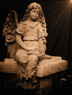 Relics, Sculpture, Motifs for the Home: angel - Decor Object Cemetery Angels, Cemetery Statues, Cemetery Art, Angel Statues, Entertaining Angels, I Believe In Angels, Ange Demon, Garden Angels, Angels In Heaven