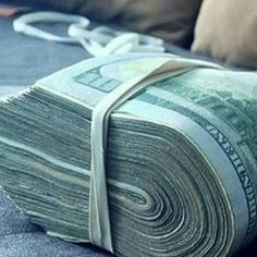 Make Money Online, How To Make Money, Jackpot Winners, Money Tattoo, Money On My Mind, Money Pictures, Money Stacks, Gold Money, Money Saving Meals