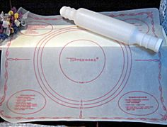 Vintage Tupperware Rolling Pin and Pastry Pie Rolling Mat