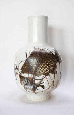 'Diana' Vase