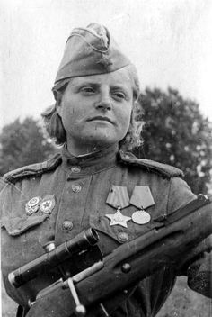 Sniper of the 3rd Shock Guards Army Sergeant Katherine Zhibovskaya Nazarov, winner of the Order of Glory 3rd degree. Confirmed kills - 24 German ranks and officers. 2nd Baltic Front, 1943.
