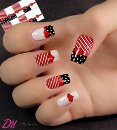 Rojas con negro Creative Nail Designs, Beautiful Nail Designs, Creative Nails, Nail Art Designs, Sparkle Nails, Glam Nails, Beauty Nails, Stylish Nails, Trendy Nails
