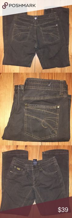 Women's Kuhl Danzr Copper Jean, Sz. 6 *NWOT* New Without Tags: Copper/Brown Color, REI Winter Park Customer Return last in stock.  32 inch inseam, 7.5 inch low rise, Made in China. 98% cotton 2% spandex, size 6, 28 inch waist, some stretch available.  Leg opening is 9 inches, Mint Condition. Kuhl Jeans Straight Leg
