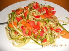 Kids made this raw vegan zucchini pasta by themselves-so good!