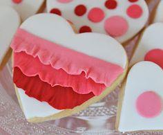 ruffle heart cookies